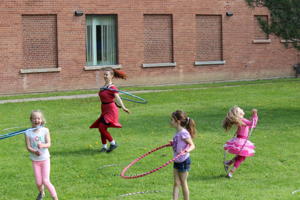 colleen with kids hoop you