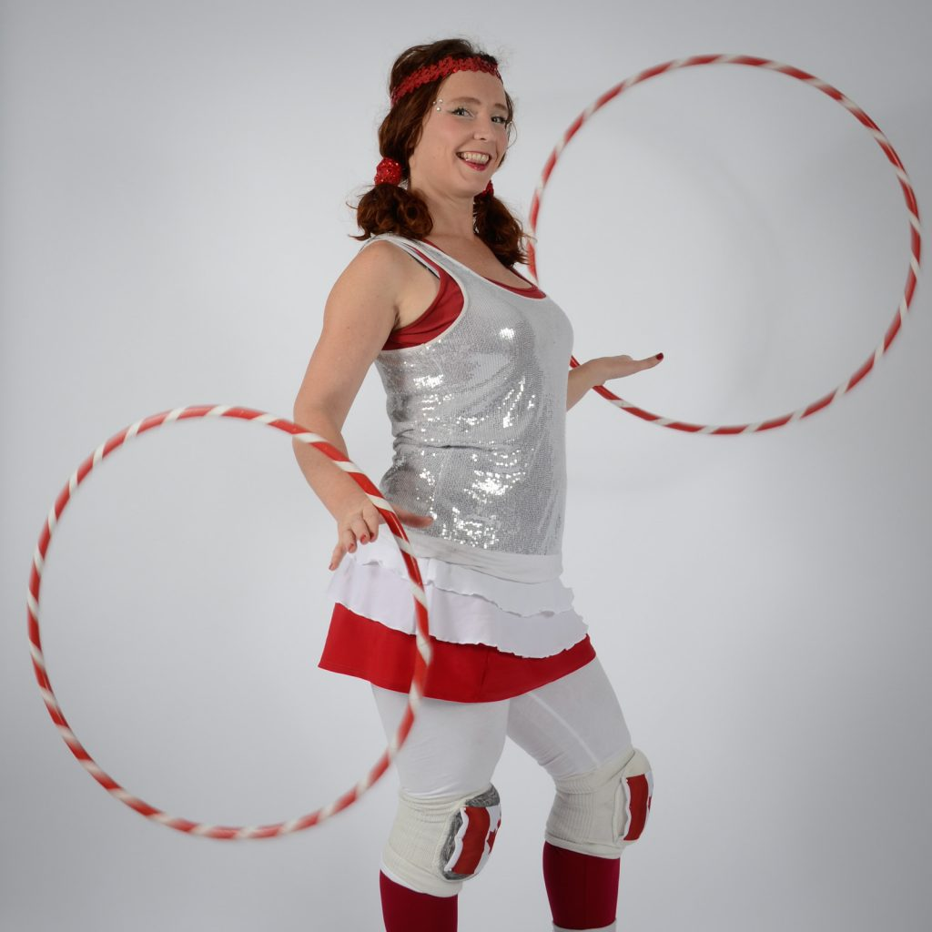 Canada Day hula hoops performer